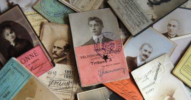 Collectionneurs – Laurent Nesly – Cartes nominatives anciennes / Laissez passer