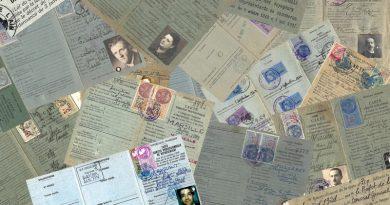 Les cartes d'identité professionnelle à l'usage des voyageurs et des représentants de commerce de 1919 à 2000