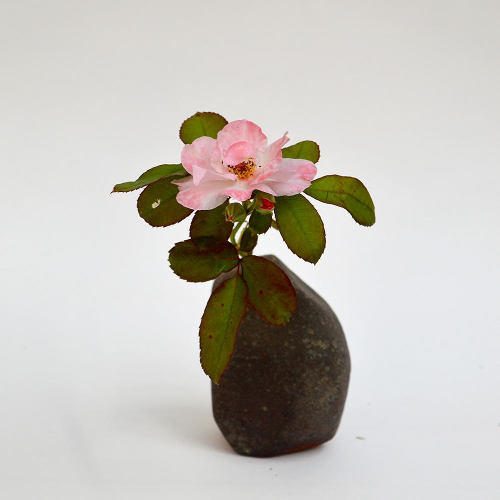 art-ceramique-vase-sculptural-en-gres-chamotte-23