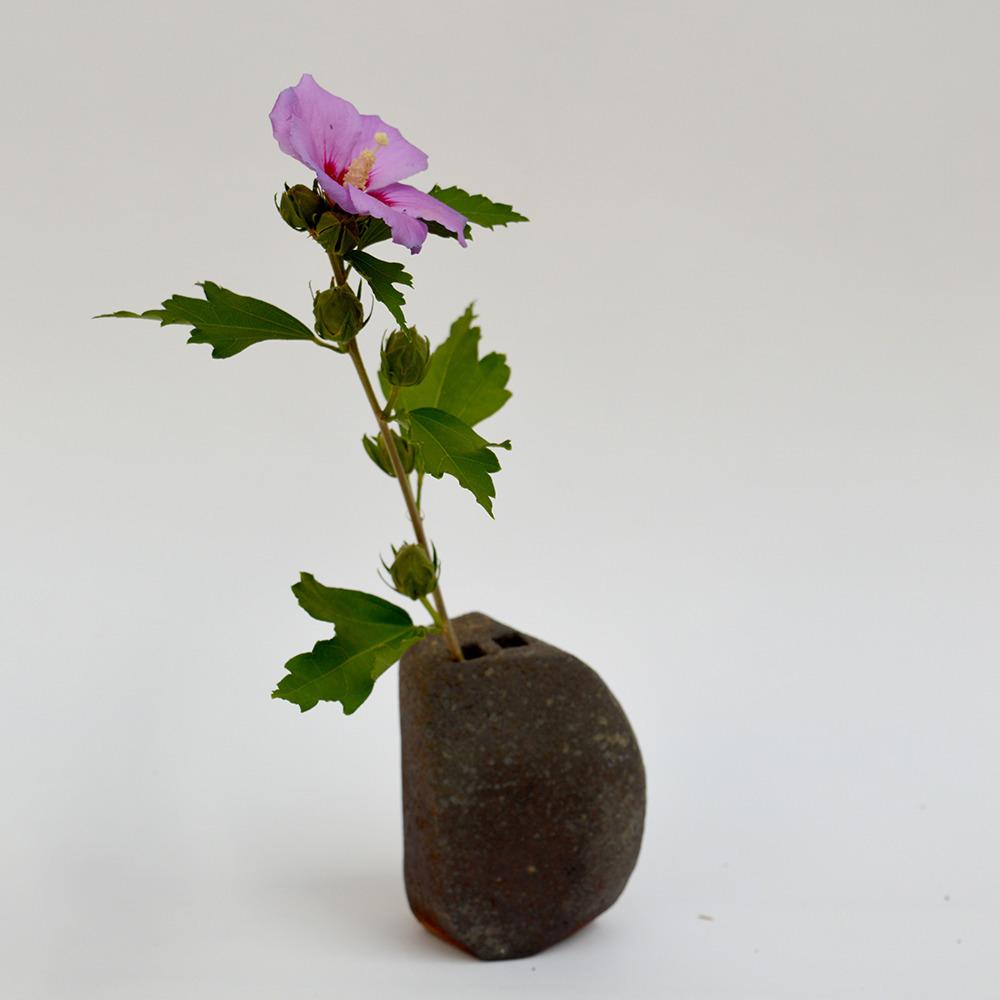 art-ceramique-vase-sculptural-en-gres-chamotte-24