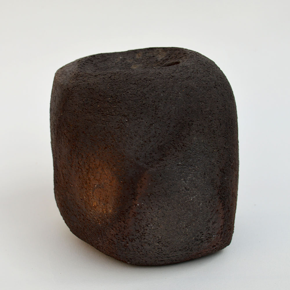 art-ceramique-vase-sculptural-en-gres-chamotte2